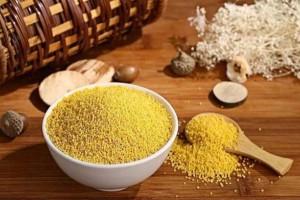 每天喝小米粥有哪些好处医生说2种办法会让小米粥更健康好喝