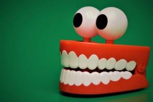 洗牙费用大概多少钱洗牙的禁忌人群有哪些